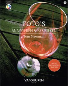 Omslag Boek Foto's analyseren en bespreken